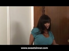 lisa ann t live without it is constricted and
