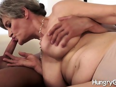hungry old pussy and a hawt hunk